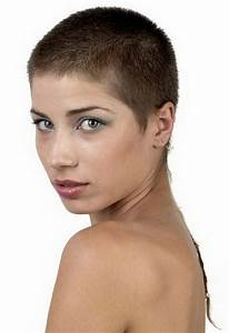 Sehr Dünne Haare Frisur : sehr kurze haare ~ Frokenaadalensverden.com Haus und Dekorationen