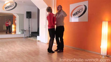 tanzschritte langsamer walzer langsamer walzer tanzkurs die linksdrehung