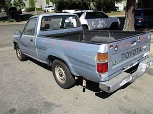 1990 Toyota Truck Dlx Light Blue Std Cab 2 4l At 2wd
