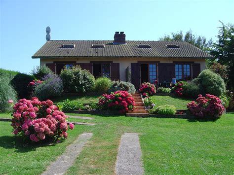 Un Beau Jardin 4 Astuces Pour Un Beau Jardin Sans Entretien D Tente