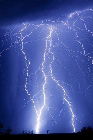 i love thunder and lightning with torrential rains lightning pinterest thunder and