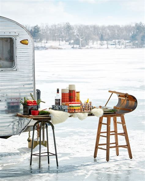 awesome camper christmas  images decorating