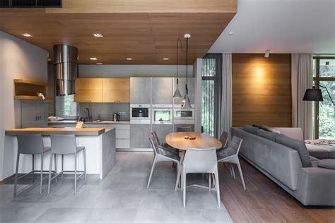 Virtuves dizains pēc pasūtījuma   Studija Amatciems