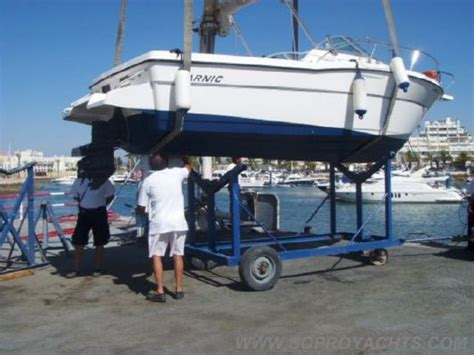 2001 Karnic Bluewater 211  Boats Yachts For Sale