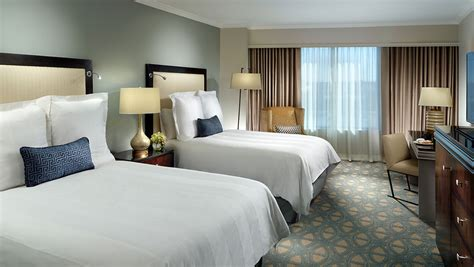 Hotel Suites In New Orleans  Omni Riverfront Hotel