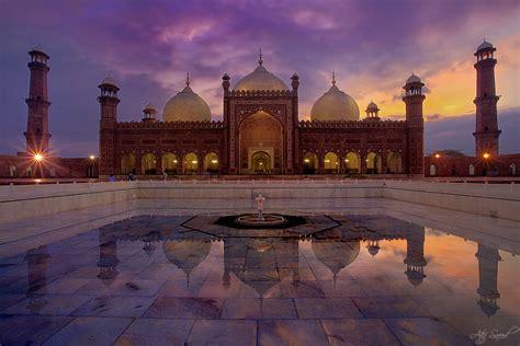beautiful places   visit  lahore pakistan