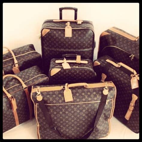 suitcase   bag love  louis vuitton