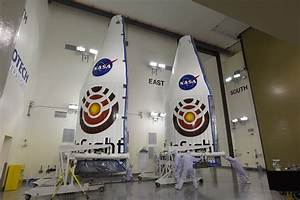 Insight Arrives at Vandenberg; First-Stage Booster at Pad ...