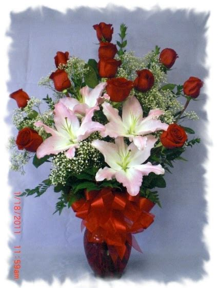 stem vase in hawaiian gardens ca bears roses