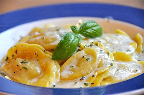 different types of ravioli fillings stuffed pasta types from around the world what s the difference