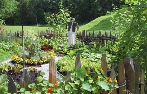 Garden Vegetarian - vegetable garden design ideas for designing a vegetable