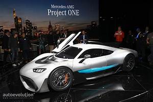 Amg Project One : mercedes amg project one looks like a bugatti rival in frankfurt autoevolution ~ Medecine-chirurgie-esthetiques.com Avis de Voitures