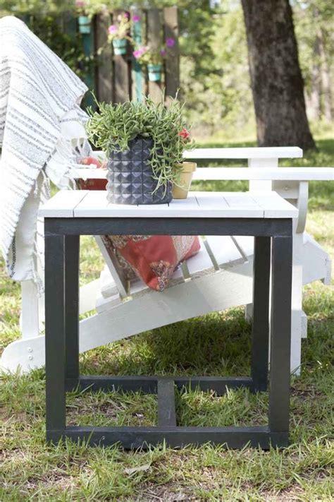 table bout de canape fabriquer sa table de jardin meilleures images d