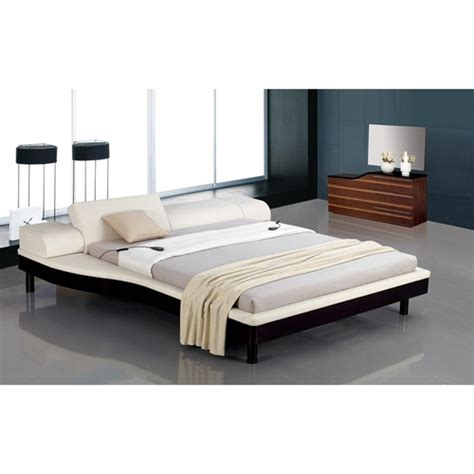 Nightstands For Platform Beds by Modrest Portofino Platform Bed With Built In Nightstands