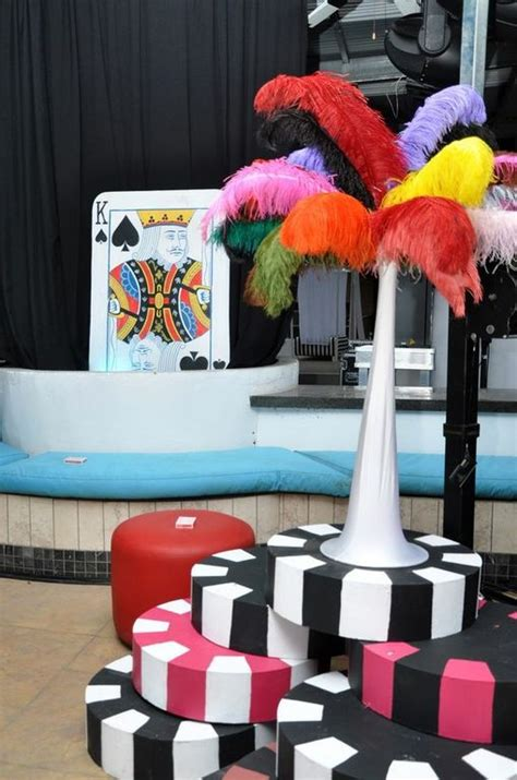 DIY Casino Party Decorations