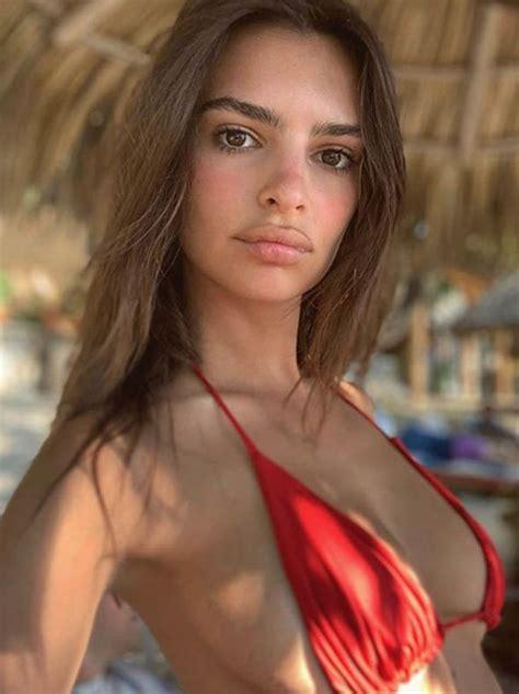 Emily Ratajkowski pictures: Model says goodbye to 2018 in ...