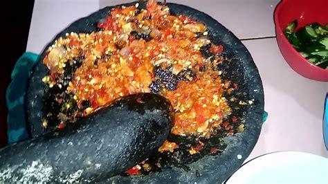 Lihat juga resep resep pepes tahu udang cincang enak lainnya. Resep Dan Cara Memasak Pepes Tahu Pedas+jamur - YouTube