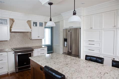 moulure cuisine porte d 39 armoire avec micro rainure