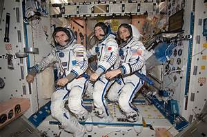 Suni Williams Astronaut - Pics about space