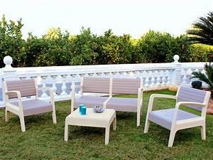 Salon De Jardin Beige : salon jardin pvc canap 2 fauteuils table basse beige ~ Teatrodelosmanantiales.com Idées de Décoration