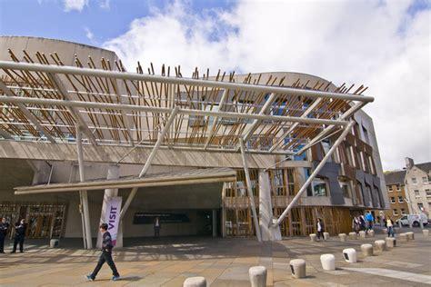 scottish parliament building  alan findlay cc  sa