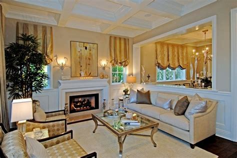 images   wall  rooms  pinterest columns living rooms   shorts