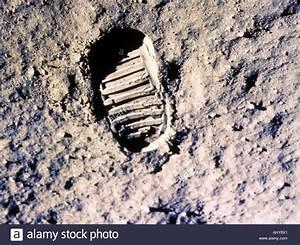 NEIL ARMSTRONG verließ seinen Fußabdruck auf dem Mond 20 ...