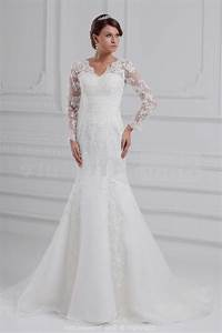 White long sleeve lace wedding dress naf dresses for Long white lace wedding dress