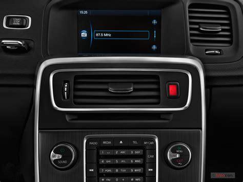 Volvo Audio System by 2016 Volvo V60 Pictures Audio System U S News World