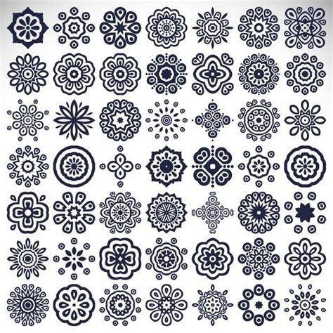 mandala pattern  tatouages mandala dessin arabesque