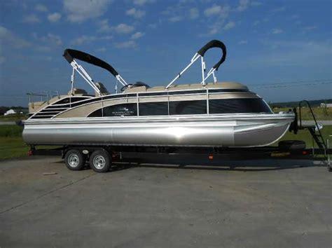 Used Pontoon Boats Bennington by Pontoon Bennington Boats For Sale 2 Boats