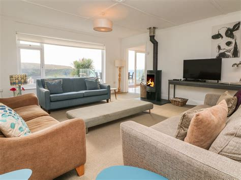 Cornish Cottage Holidays by Cornish Cottage Holidays Newquay