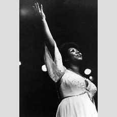 Remembering Aretha Franklin's Elegantly Overthetop