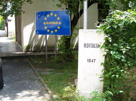 Panoramio - Photo of Border Italy - Slovenia (Gorizia ...