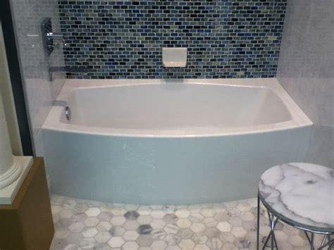 kohler expanse tub   bowed front tub sizes