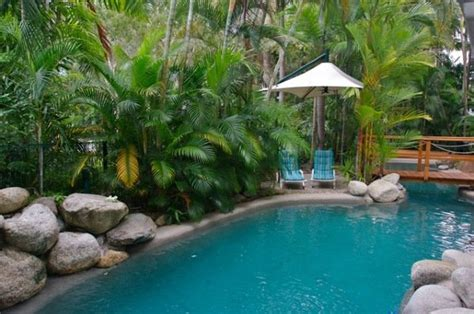 accommodation port douglas coral apartments port douglas