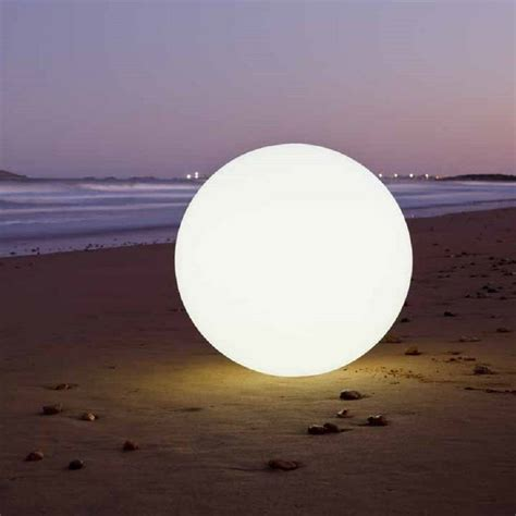 colour changing outdoor ball light 30 and 50cm by jusi