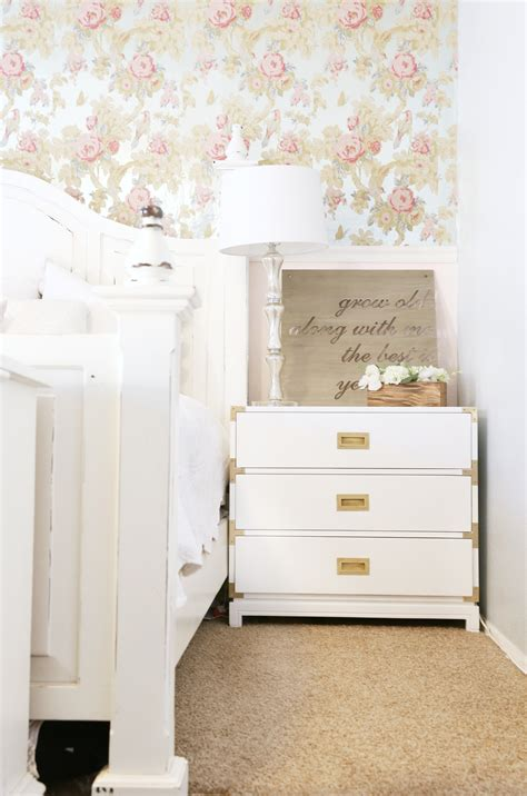 Painted Nightstands by How To Paint A Nightstand With Chalk Paint Clutter