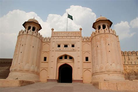 historical places  pakistan   world