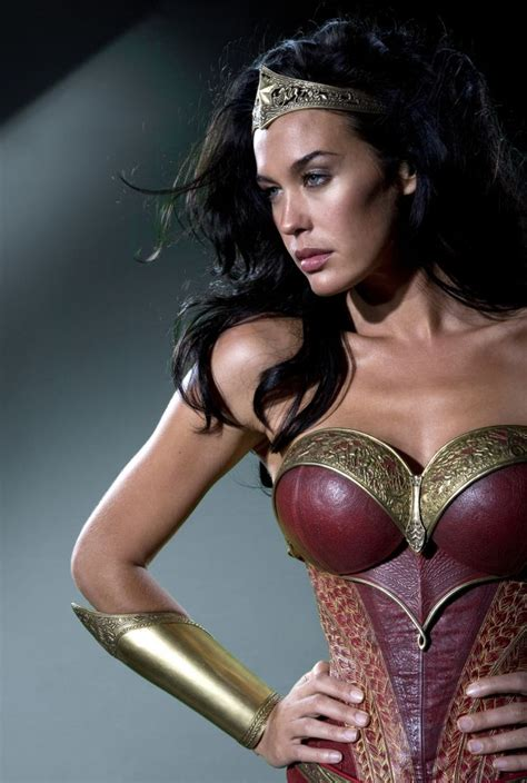 woman costume  george millers justice league
