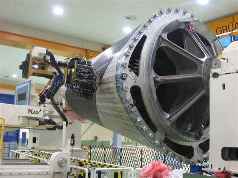airbus starts making  composite barrel   xwb