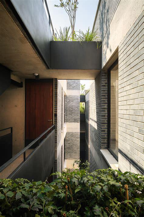 housing interior design contemporary apartment corridor