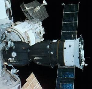 Components of Mir Space Station: Soyuz-TM Module