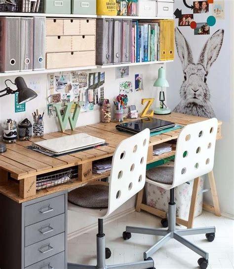 le de bureau en bois les 25 meilleures idées concernant bureau en bois sur