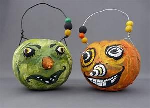 Bricolage Halloween Adulte : bricolage halloween facile en papier m ch 5 id es avec des instructions ~ Melissatoandfro.com Idées de Décoration