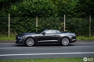 Ford Mustang Gt 2015 : ford mustang gt convertible 2015 20 november 2016 autogespot ~ Medecine-chirurgie-esthetiques.com Avis de Voitures