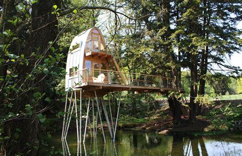 house trees 10 gorgeous cabin getaways postmetropolitan