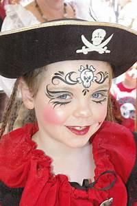 Maquillage Pirate Halloween : les yeux maquillage enfant pinterest les yeux yeux ~ Nature-et-papiers.com Idées de Décoration