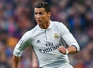 """Pallone d'oro, Ronaldo: """"Se giocassi con Messi..."""""""