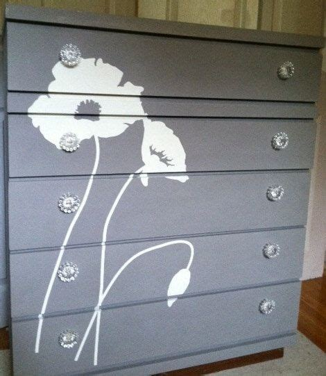 bureau eco best 25 white painted dressers ideas on white